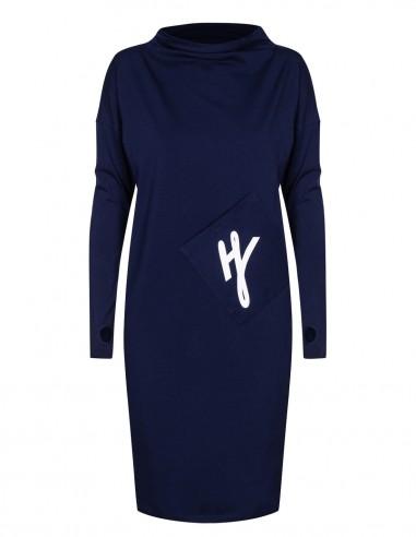 Sukienka z asymetryczną kieszenią