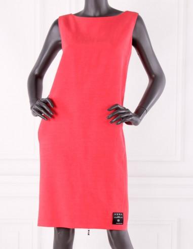 Lniana sukienka o pudełkowym kroju