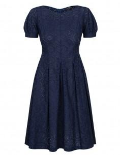 Sukienka  haftowana w literę A